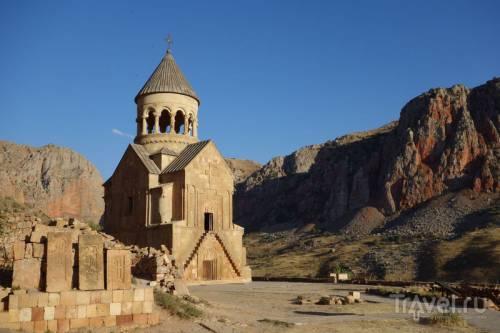 Армения. Монастырь Нораванк, дороги, караван-сарай