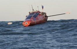 Федор Конюхов на весельной лодке попал в 12 бальный шторм