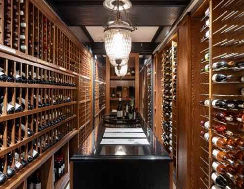 Коллекция вина в Мамай-Кале