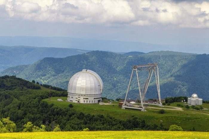 Большой азимутальный телескоп