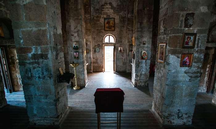 Внутри Шоанинского храма