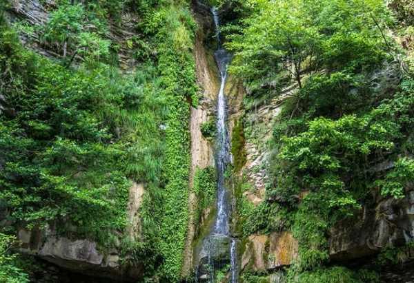 Аул «Под Богом» (Тхагапш) водопад Игристый